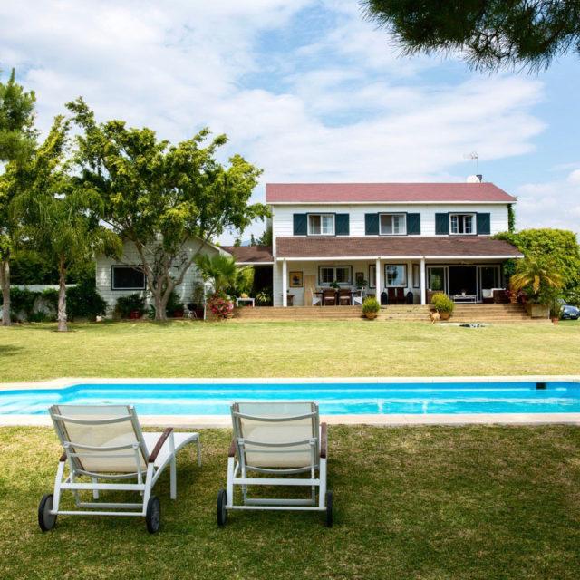 CUT - Locations - Marbella - Villas