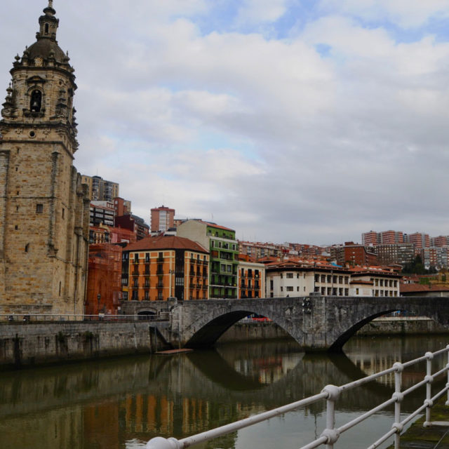 CUT - Locations - Bilbao - Ciudad - Azkuna