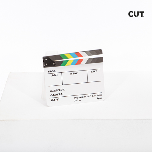 Fashion props in Spain complements clapperboard 01