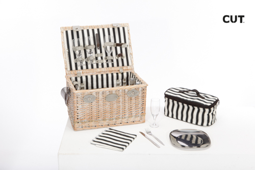 Fashion props in Spain complements lifestyle picnic set classic wicker 03