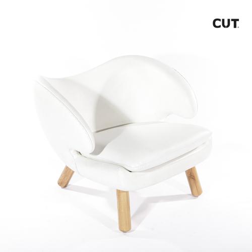 Fashion props in spain chair white wood armchair 04