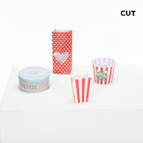 Props in Mallorca complements party containers red white 01