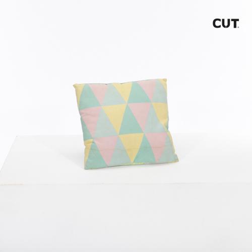cushion color triangles square